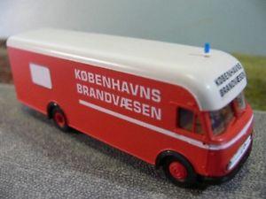 【送料無料】模型車 モデルカー スポーツカー 187 mb 322 brandvaesen kobenhavns umbau