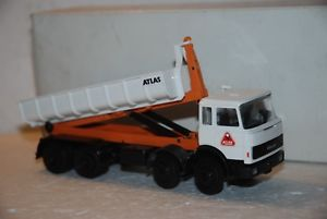 【送料無料】模型車 モデルカー スポーツカー コンラッドトラックアトラス150 conrad camion iveco 4 assi atlas