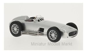 【送料無料】模型車 モデルカー スポーツカー メルセデスシルバー149 whitebox mercedes w 196 silber 1954 143