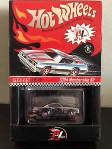 【送料無料】模型車 モデルカー スポーツカー プリマスバーダホットホイールメンバーシップキット2004 hot wheels rlc membership kit plymouth barracuda red stripes redline
