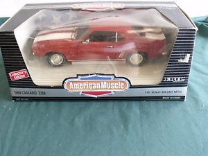 【送料無料】模型車 モデルカー スポーツカー ertl american muscle 1969 chevrolet camaro z28 red collectors edition 69 chevy