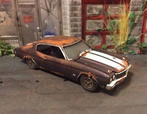 【送料無料】模型車 モデルカー スポーツカー カスタムダイカスト1970 chevy chevelle rusty weathered farm field barn find custom 164 diecast car