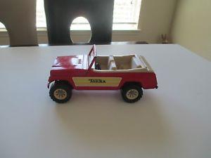【送料無料】模型車 モデルカー スポーツカー ビンテージオリジナルプレススチールステアリングホイールトレーラーヒッチジープvintage original tonka red jeepster pressed steel steering wheel trailer hitch