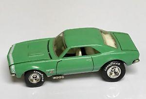 【送料無料】模型車 モデルカー スポーツカー ホットホイールカマロミントグリーンhot wheels mint green 67 camaro 30th anniversary of 67 muscle cars