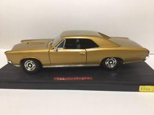 【送料無料】模型車 モデルカー スポーツカー ァーポンティアックneues angebot1966 pontiac gto limited edition by hotwheels