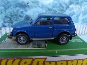 【送料無料】模型車 モデルカー スポーツカー タンタルロシア143 tantal russia  vaz 2121 niva