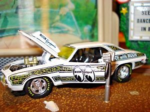 【送料無料】模型車 モデルカー スポーツカー シボレーカマロムーンm2 1969 chevy camaro copo 427 mooneyes equipped limited edition 164 detailed