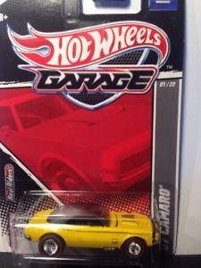 【送料無料】模型車 モデルカー スポーツカー カマロホットホイールガレージリアルライダー67 camaro hot wheels 2011 garage real riders
