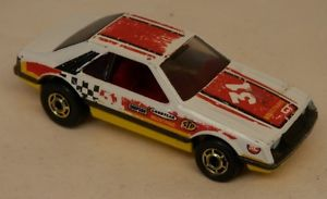【送料無料】模型車 モデルカー スポーツカー ホットホイールフォードマスタングコブラホワイト#ターボhot wheels ford turbo mustang cobra white 31 gho has tampo wear