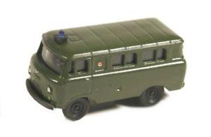 【送料無料】模型車 モデルカー スポーツカー クビカモデルバスレッドクロスrkmodelle 650145 uaz 452 bus roteskreuz