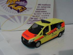 【送料無料】模型車 モデルカー スポーツカー ブッシュメルセデスベンツヴィトbusch 51115 mercedesbenz vito ambulanz in gelbrot 187 neu