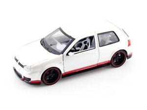 【送料無料】模型車 モデルカー スポーツカー ゴルフmaisto vw golf r32 weiss rotschwarz 124