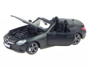 【送料無料】模型車 モデルカー スポーツカー メルセデスマットブラックモデルカーmercedes r172 slk 2011 schwarz matt modellauto 31206 maisto 124