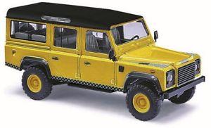 【送料無料】模型車 モデルカー スポーツカー ブッシュランドローバーディフェンダーゴールドbusch 50356 187 h0 land rover defender memorandum gold neu