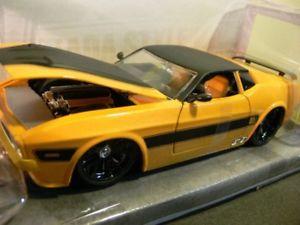 【送料無料】模型車 モデルカー スポーツカー フォードムスタングマッハイエローブラック124 jada ford mustang mach 1 1973 gelbschwarz 96764