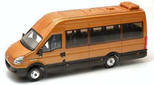 【送料無料】模型車 モデルカー スポーツカー ミニバスモデルiveco minibus gold 143 model ros