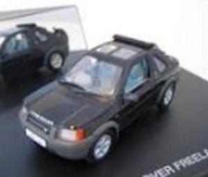 【送料無料】模型車 モデルカー スポーツカー ランドローバーフリーランドrevell 28222 land rover freelande