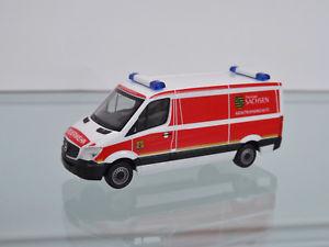 【送料無料】模型車 モデルカー スポーツカー スプリンターボックスザクセンherpa 093354 h0 187 mb sprinter kastenkatastrophenschutz freistsachsenneu
