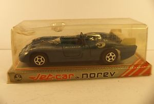【送料無料】模型車 モデルカー スポーツカー ジェットカーnorev jetcar 833 matra 670b gitanes 143 ancien