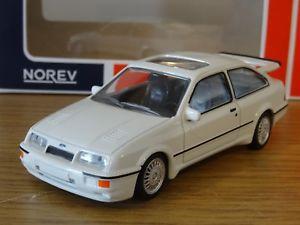 【送料無料】模型車 モデルカー スポーツカー ホワイトフォードシエラコスワースヴァンガードモデルnorev jetcar vanguards ford sierra rs cosworth white 1986 car model 270559 143