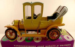【送料無料】模型車 モデルカー スポーツカー リィアットフェートンrio 25 1906 fiat doppiophaeton 24 cven bote 143