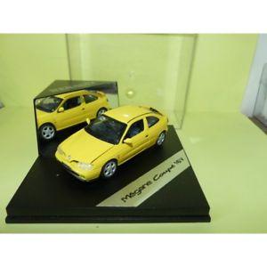 【送料無料】模型車 モデルカー スポーツカー ルノーメガーヌフェーズデフォルトrenault megane i phase 1 jaune vitesse 143 dfaut