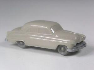 【送料無料】模型車 モデルカー スポーツカー ロールアクスルオペルキャプテンシャークダークブラウンホワイトselten wiking rollachser opel kapitn 1956 haifischmaul dunkelbraunwei