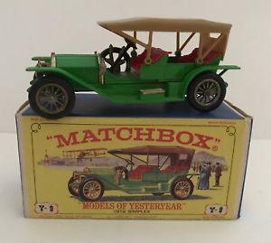 【送料無料】模型車 モデルカー スポーツカー オリジナルボックスビンテージマッチモデルvintage matchbox 1912 simplex car model of yesteryear in original box