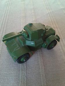 【送料無料】模型車 モデルカー スポーツカー dinky toys 670 armoured car 1954