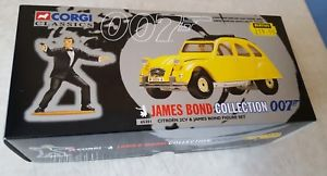 【送料無料】模型車 モデルカー スポーツカー ジェームズボンドシトロエンneues angebotjames bond corgi citroen 2cv boxed 007