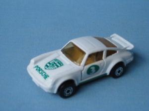 【送料無料】模型車 モデルカー スポーツカー マッチポルシェターボホワイトボディアメリカmatchbox porsche 911 turbo white body 3 rare usa issue 70mm ub