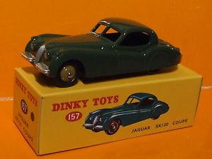 【送料無料】模型車 モデルカー スポーツカー スケールジャガークーペ143 scale dinky toys jaguar xk 120 coupe by deagostini