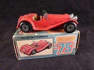 【送料無料】模型車 モデルカー スポーツカー ァーマッチレッドジャガースケールボックスイギリスneues angebotmatchbox 75 red jaguar ss100 47 1982 scale 150 made in england mint in box