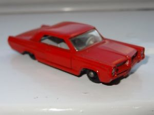【送料無料】模型車 モデルカー スポーツカー マッチポンティアックグランプリスポーツクーペw lesney matchbox pontiac gp sports coupe 22