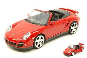 【送料無料】模型車 モデルカー スポーツカー ポルシェターボカブリオレレッドハットモデルヒートporsche 911 997 turbo cabrio 2005 red 124 model motormax