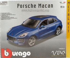 【送料無料】模型車 モデルカー スポーツカー ポルシェメタルキットモデルporsche macan 2013 metal kit 124 model 25117 bburago