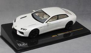 【送料無料】模型車 モデルカー スポーツカー ネットワークランボルギーニホワイトパールixo lamborghini estoque 200 in white pearl 2008 moc176 143