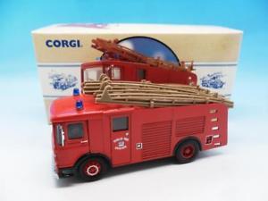 【送料無料】模型車 モデルカー スポーツカー コーギーダブリンcorgi fire engine aec water tender dublin 97359 150