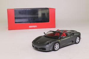 【送料無料】模型車 モデルカー スポーツカー ネットワークフェラーリスパイダーixo fer019; 2005 ferrari f430 spider; silver; excellent boxed