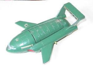 【送料無料】模型車 モデルカー スポーツカー ビンテージジェリーアンダーソンvintage dinky toys 101 gerry anderson thunderbird 2 good with original legs