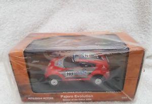 【送料無料】模型車 モデルカー スポーツカー パジェロダカールラリーセロハンnorev 143 mitsubishi pajero evolution dakar rally 2004 amp; cellophane sealed