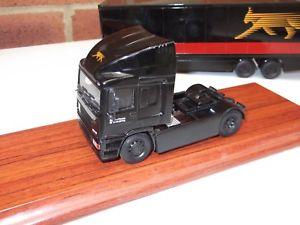 【送料無料】模型車 モデルカー スポーツカー トターユニットheavy haulage 4x2 erf ec11 tractor unit lynx