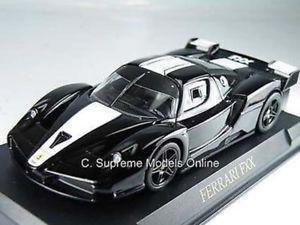 【送料無料】模型車 モデルカー スポーツカー フェラーリモデルスケールブラックホワイトカラースキーム