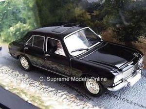 【送料無料】模型車 モデルカー スポーツカー プジョーモデルジェームズボンドコレクションスケールpeugeot 504 model car 143 scale for your eyes only james bond collection k8