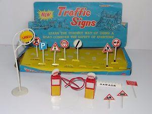 【送料無料】模型車 モデルカー スポーツカー ボックスプラスチックst blue box toys plastic street traffic signs