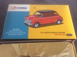 【送料無料】模型車 モデルカー スポーツカー コーギーオースティンミニクーパーズcorgi 50th anniversary an02528 1961 austin seven mini cooper ltd ed 143