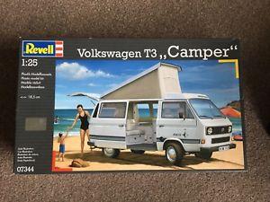 【送料無料】模型車 モデルカー スポーツカー フォルクスワーゲンキャンピングカーモデルキットvolkswagen t3 camper kit revell 125 rv07344 model