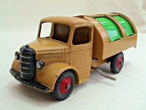 【送料無料】模型車 モデルカー スポーツカー ワゴンベージュグリーンdinky meccano 25v 252 bedford refuse wagon beige amp; green