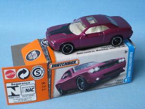 【送料無料】模型車 モデルカー スポーツカー マッチダッジチャレンジャーアメリカボックスモデルmatchbox dodge challenger srt8 purple 70mm toy model muscle car in usa box
