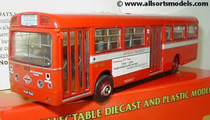 【送料無料】模型車 モデルカー スポーツカー ロンドントランスポートウォーキングモデルbritbus me003 176 lt aec merlin london transport red ramblers model